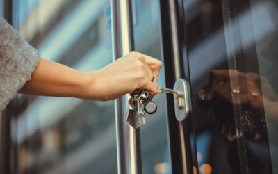 Properly Securing a Building Starts with a Good Locksmith