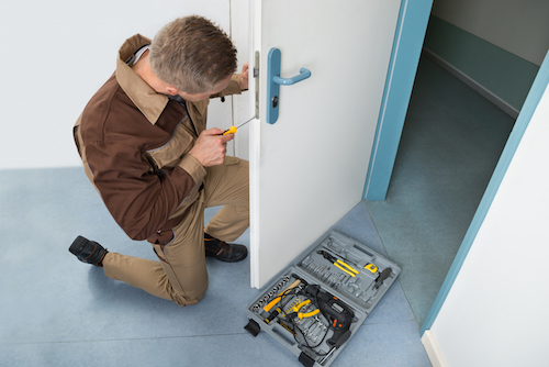 What to Consider Before Changing Commercial Locks